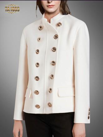 Áo khoác dạ trắng TA1633 khuy trước túi nắp sang trọng