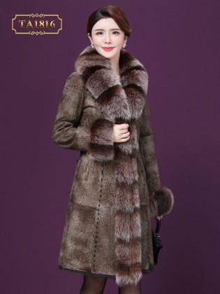 Áo khoác da nâu dáng dài cao cấp phối cổ lông tự nhiên TA1816