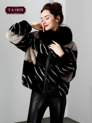 Áo khoác lông họa tiết oversize dáng ngắn phối màu phong cách TA1829