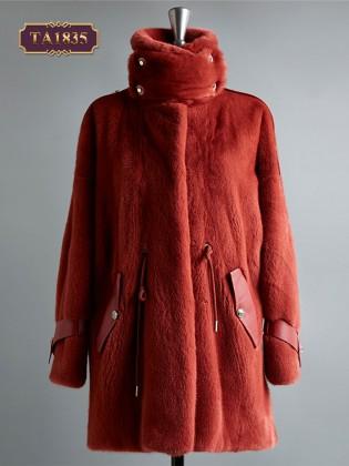 Áo khoác lông nhung cổ trụ cao đai vai phong cách TA1835