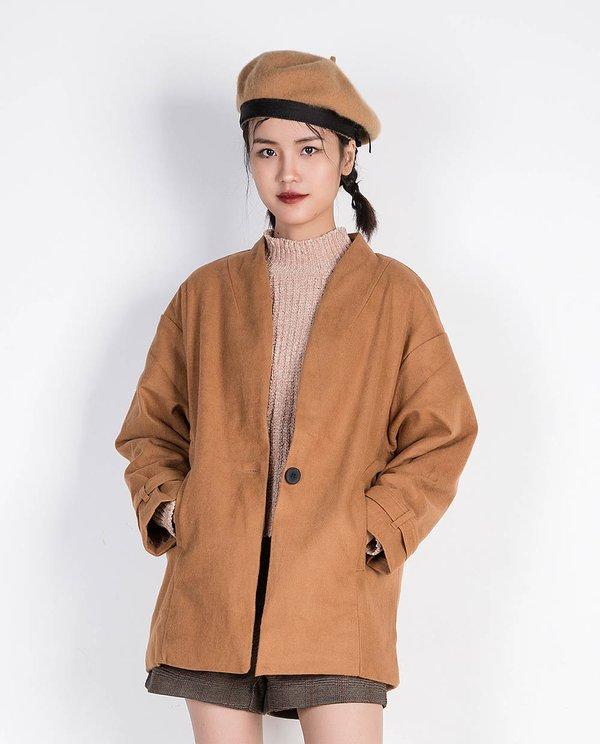 Chọn áo khoác dạ dáng lửng đẹp theo từng form sẽ giúp quý cô trông xinh đẹp hơn